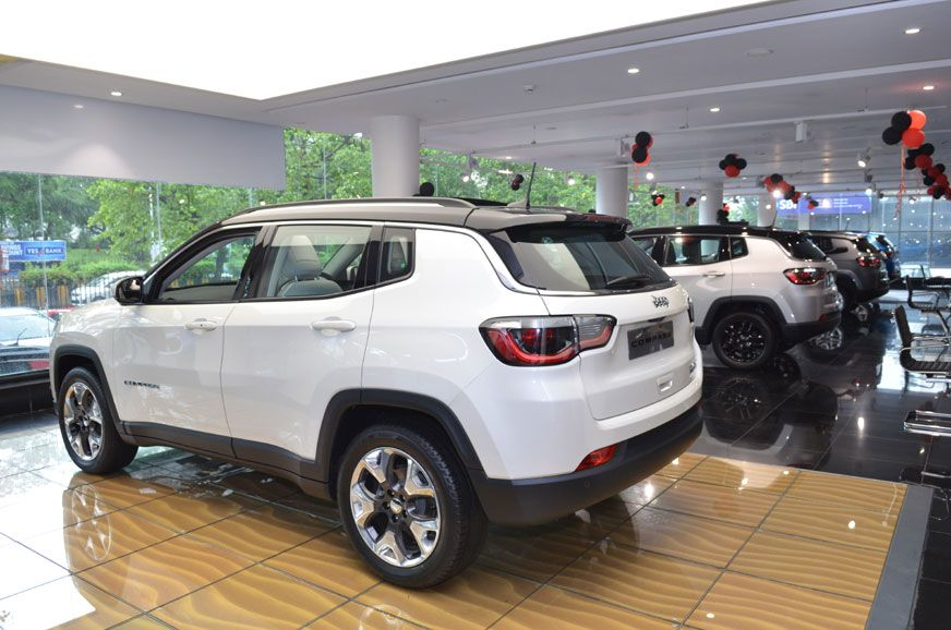 Over Rs 2 Lakh Off On Jeep Compass In December 2019 Jeep Compass