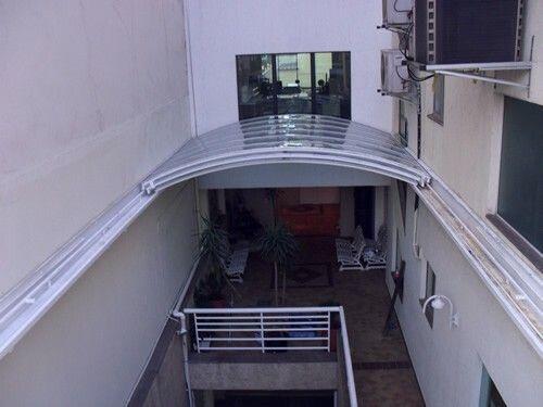 Toldo retr til strip center pinterest techos for Toldos para techos