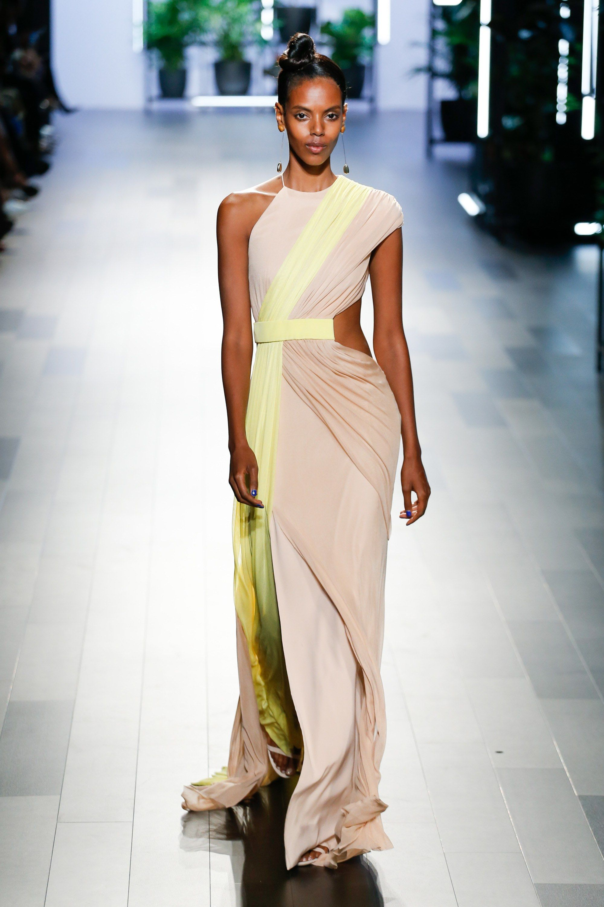 714fa473dfcc CUSHNIE ET OCHS SPRING/SUMMER 2018 RTW COLLECTION SS18 RUNWAY FOOTWEAR  SHOES HANDBAGS LUXURY LEATHER GOODS FLORAL FLORALS VOGUE NYFW NYC NEW YORK  FASHION ...