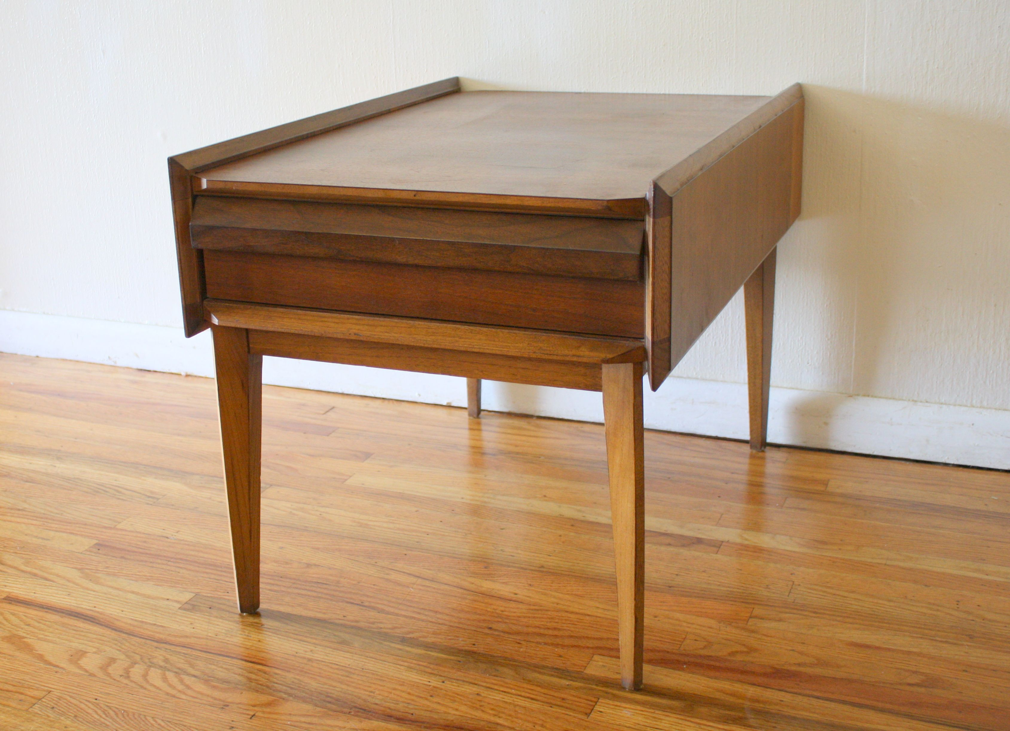 Best Mid Century Modern Angled Side Table By Lane Cool 400 x 300