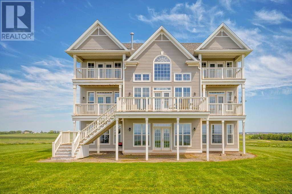 141 Point View Lane Earnscliffe Prince Edward Island C0a1e0 Point2 Homes Canada Real Estate Houses House Plans Waterfront Homes