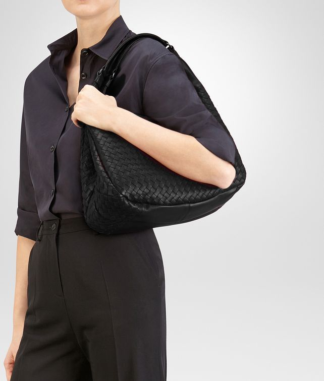 33362cb854 BOTTEGA VENETA NERO INTRECCIATO NAPPA MEDIUM CAMPANA BAG Shoulder Bag Woman  fp