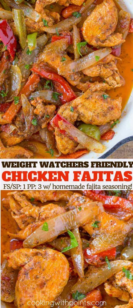 Chicken Fajita Skillet made with chicken tenderloins, colorful bell peppers, onions and a homemade fajita seasoning with just 1 smart point per serving! | #weightwatchers #ww #weightwatchersrecipes #chickenfajitas #fajitas #mexicanrecipes @healthymexicanfood #cookingwithpoints #homemadefajitaseasoning
