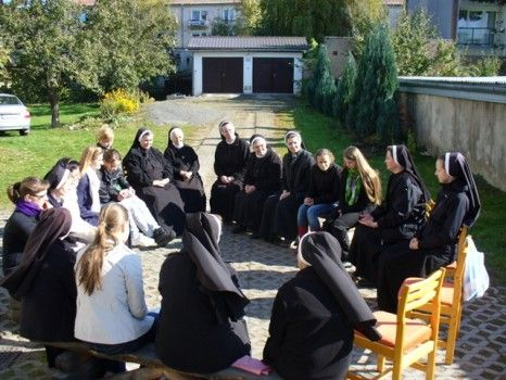 I Sisters of St. Basil the Great | The retreat for young