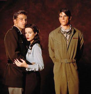 The Faculty: Jordana Brewster (Marie Claire), Josh Hartnett, Clea DuVall