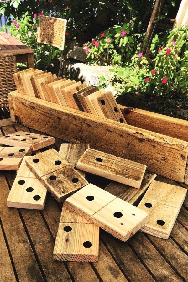 15 Creative Pallet Furniture DIY Ideas and Projects #palletprojects