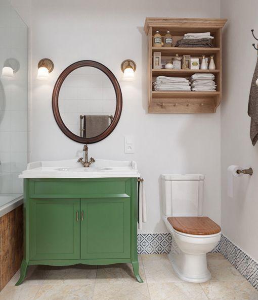 Cuarto de baño con decoración rústica urbana