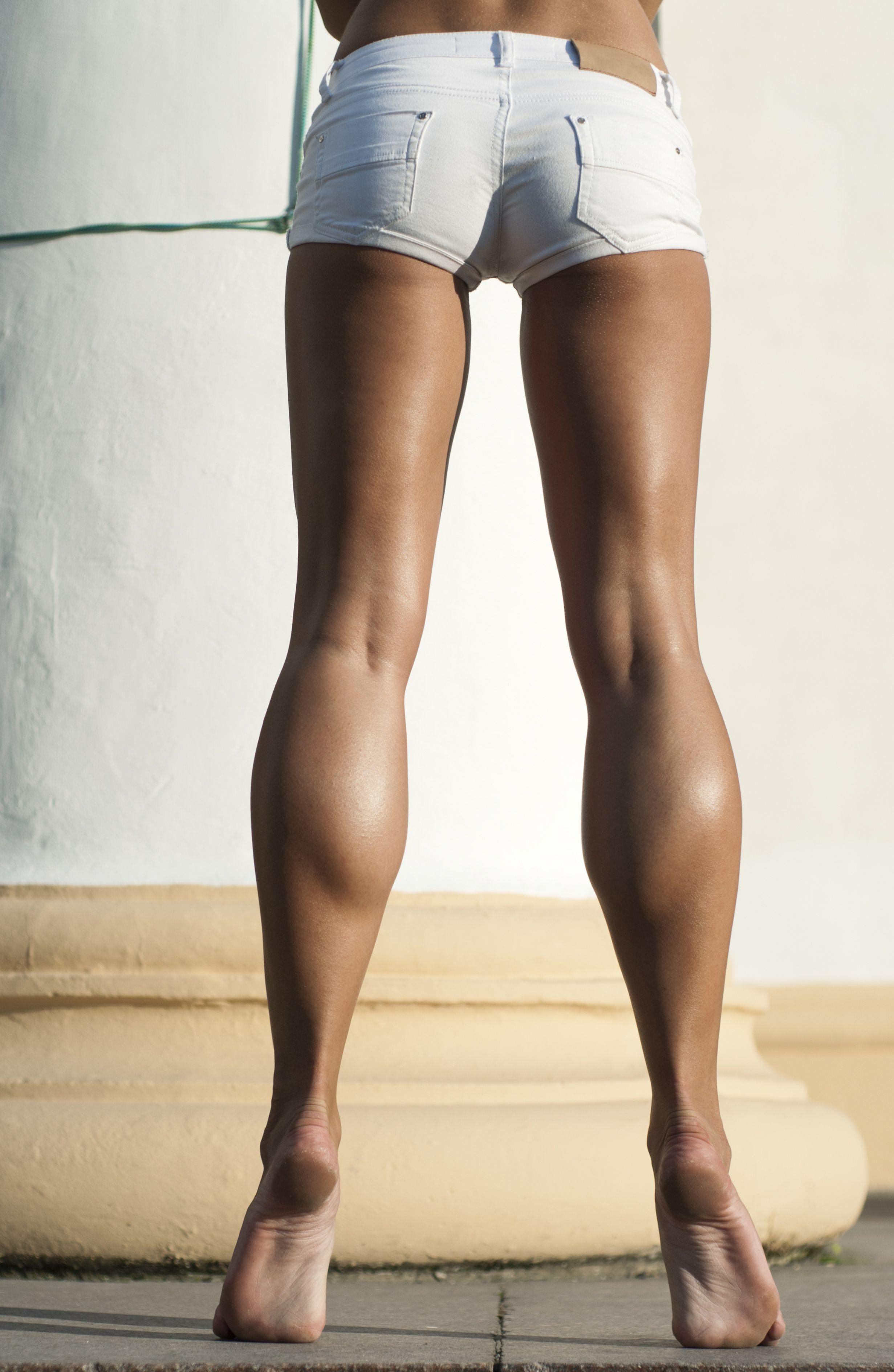 У нее есть ножки 2 she s got legs 2 онлайн