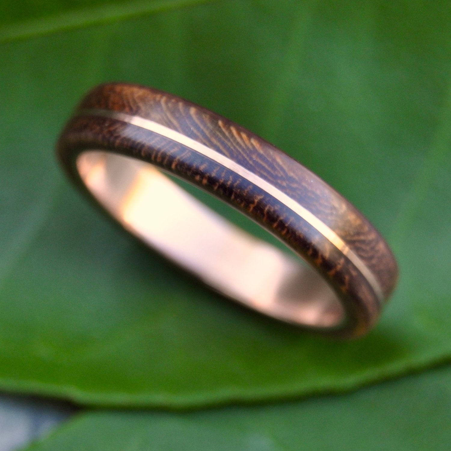 wooden wedding band Wood Ring Rose Gold Asi Nacascolo ecofriendly wood wedding band with recycled 14k rose gold red gold wood ring pink gold wood ring