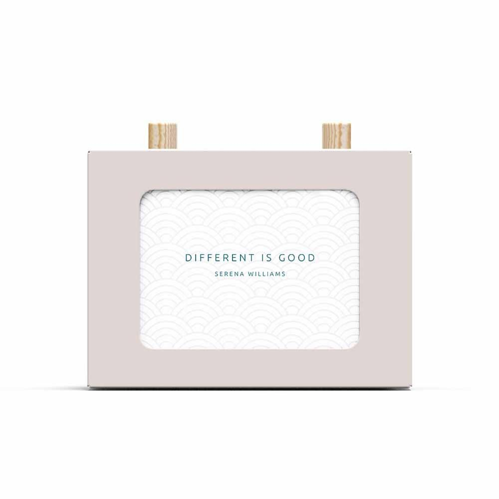 101 Quotes by Inspiring Women Scroll Box