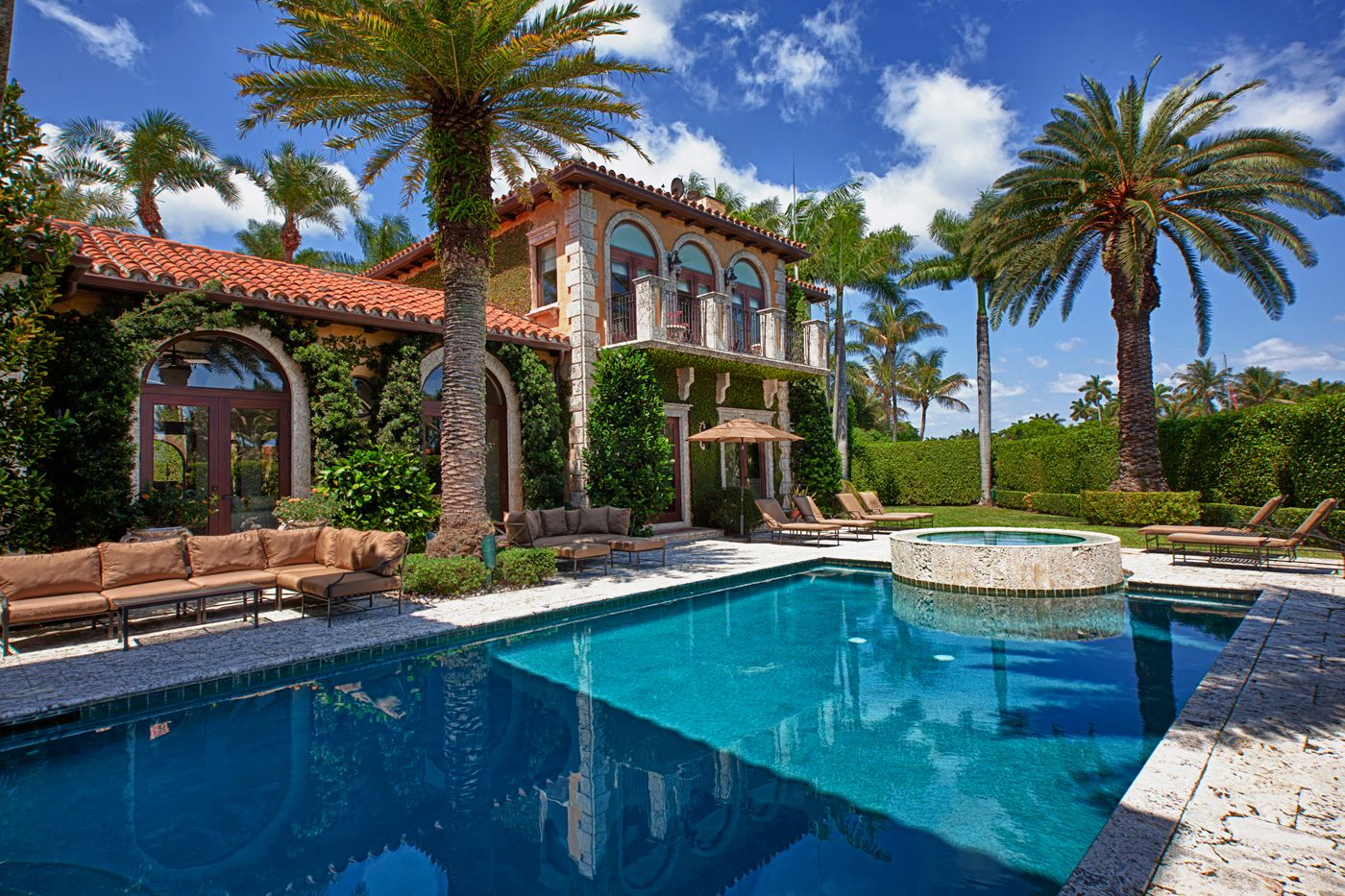 Real estate in miami beach wallpapers pinterest for Luxury houses in miami for sale