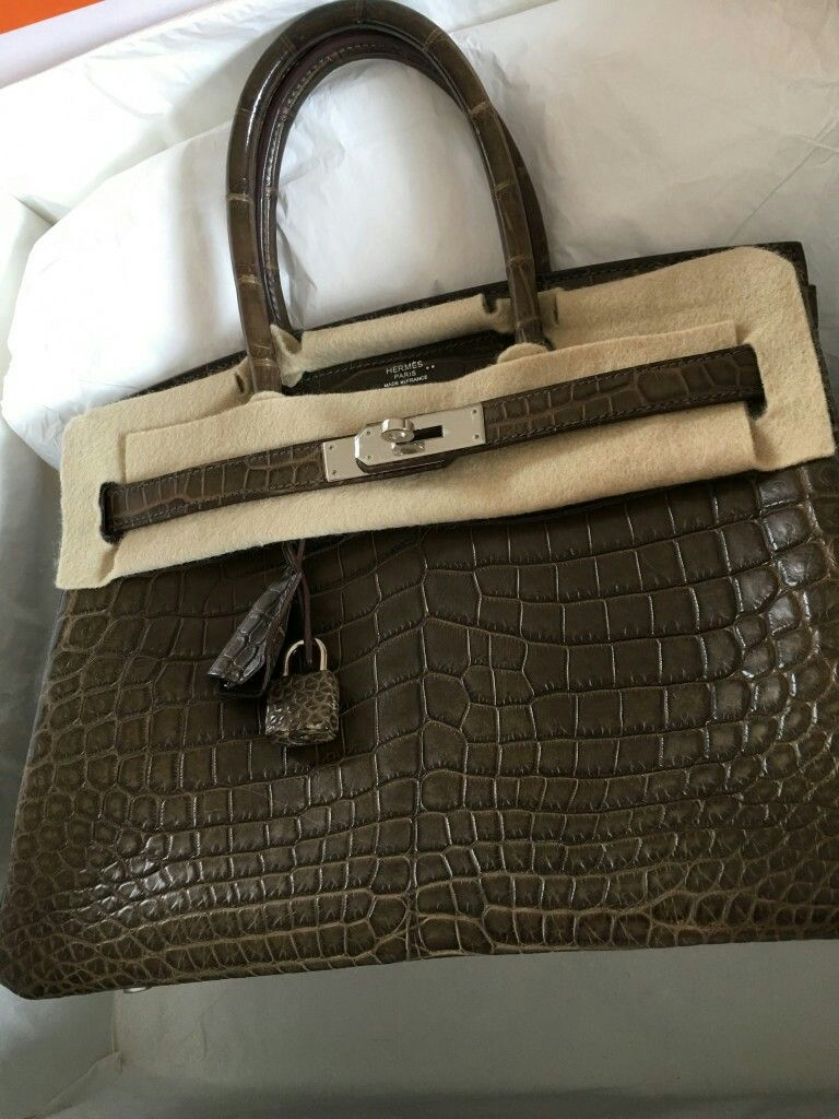 969ad796f086 Model  Hermes birkin 30 Condition  Preowned Stamp  Q Color  Gris Elephant  Leather
