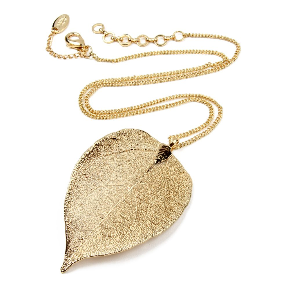 Chic and simple for a Poison Ivy costume! | Gia Leaf Pendant | Amrita Singh Jewelry #halloween