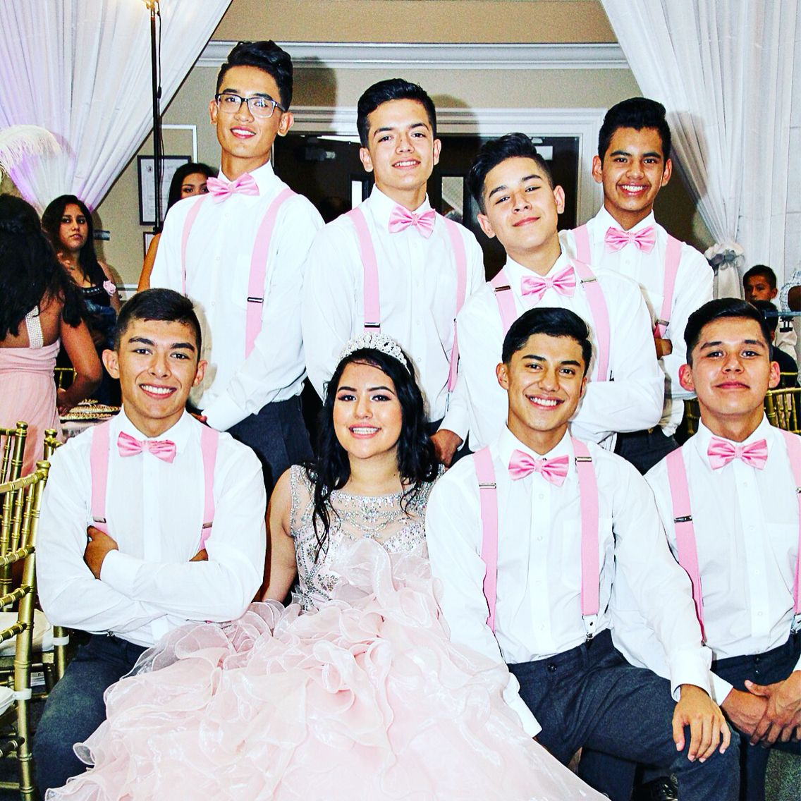 Pin By Tony Gonzalez On Chambelanes Quinceanera
