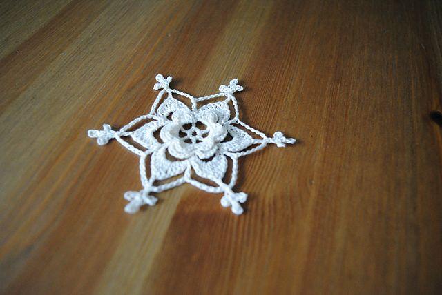 Ravelry: Irish Rose Snowflake { free pattern by Marika Simon} | Let ...