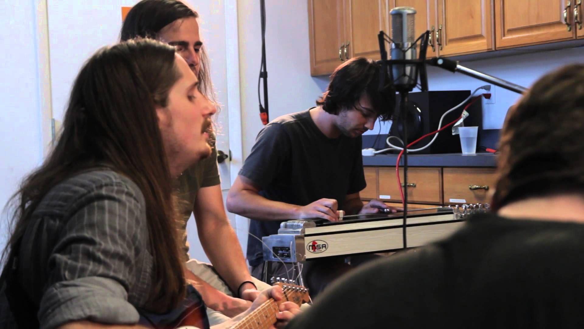 "Roadkill Ghost Choir - ""Bird In My Window"" | Grooveshark Sessions (+play..."