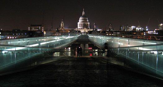 Harry Potter London Sites And Filming Locations Cheapflights Harry Potter London Filming Locations Millennium Bridge London