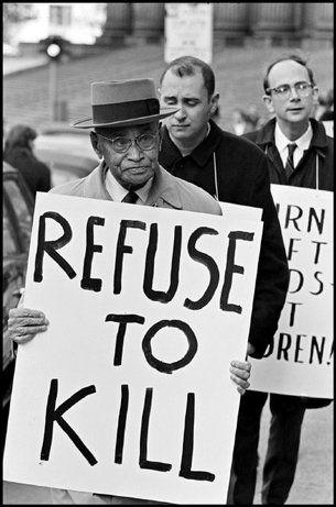 Peace Rally in New York City (1965) byHiroji Kubota.