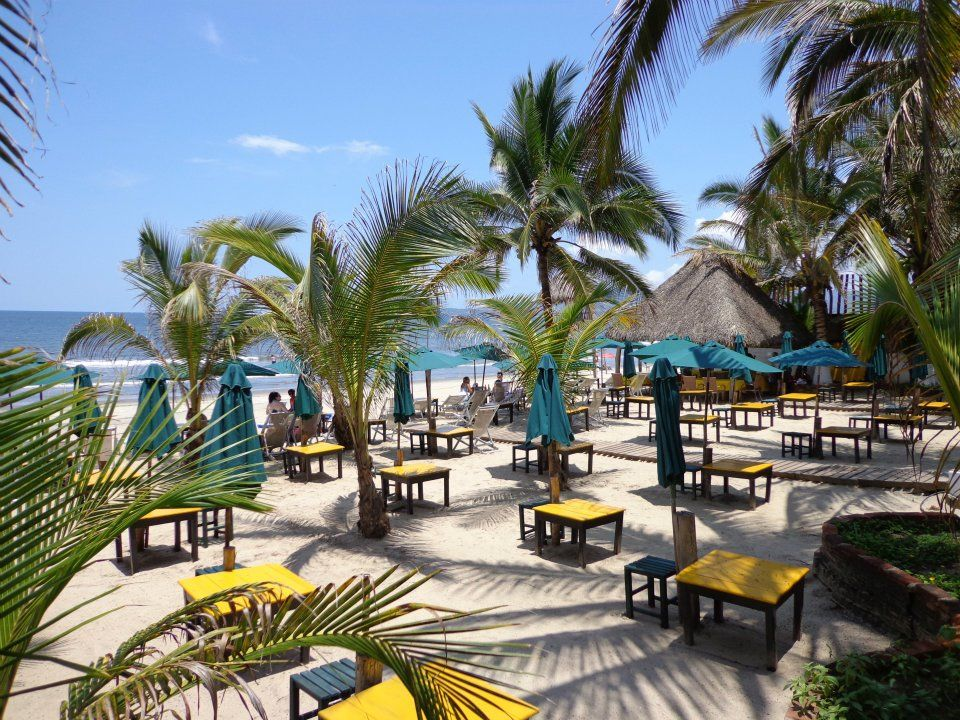 ETC Beach Club restaurant in Nuevo Vallarta. Plan your PV trip with Puerto Vallarta's ultimate travel guide: http://www.visit-vallarta.com