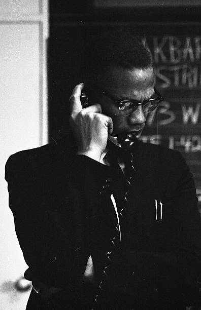 2 600 Malcolm X Photos And Premium High Res Pictures Getty Images Black Photography Malcolm X Tupac Pictures