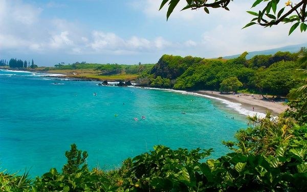 Hamoa Beach Maui HttpbitlyHiXk Travel Pinterest - Top 10 spa vacation destinations in the world