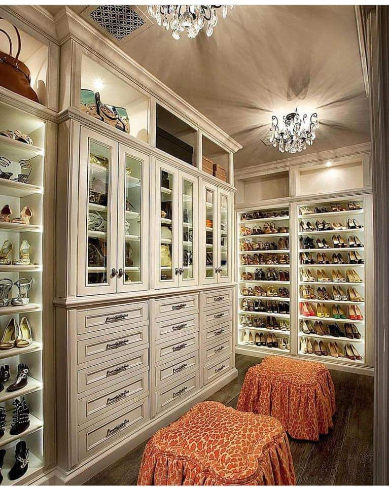 My dream closet! Except the stools would be a bubble gum pink ❤