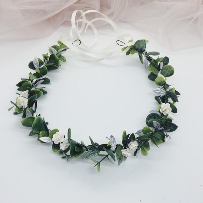 Pin By Nina Ganina On Green Wedding Headpieces Bridal Floral Crown Floral Crown Flower Crown Bride