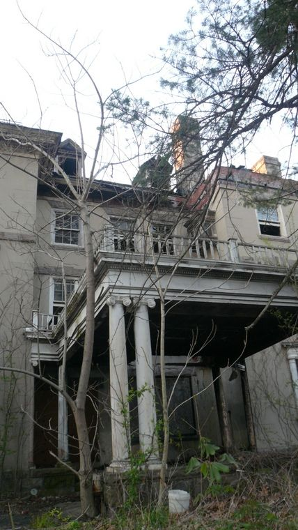 A Abandoned Mansion In Weird N J Old Abandoned Houses Old