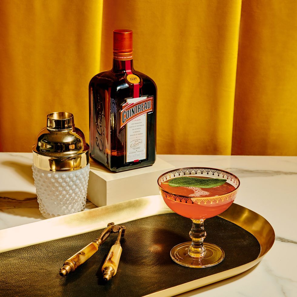 Thanksgiving Cocktail Recipes That Will Make Your Family