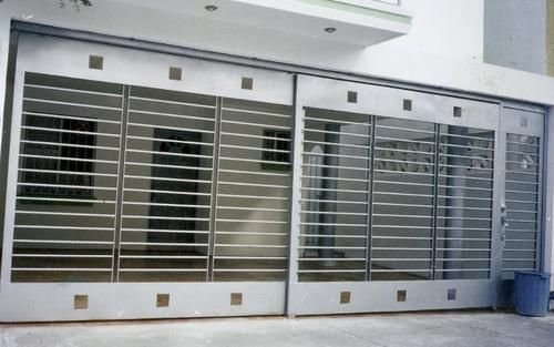 Porton residencial taller y herrer a mart nez rejas en for Puerta corredera de taller