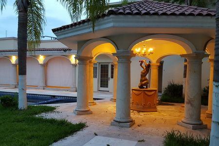 Colinas de San javier con Kiosko Casas en venta