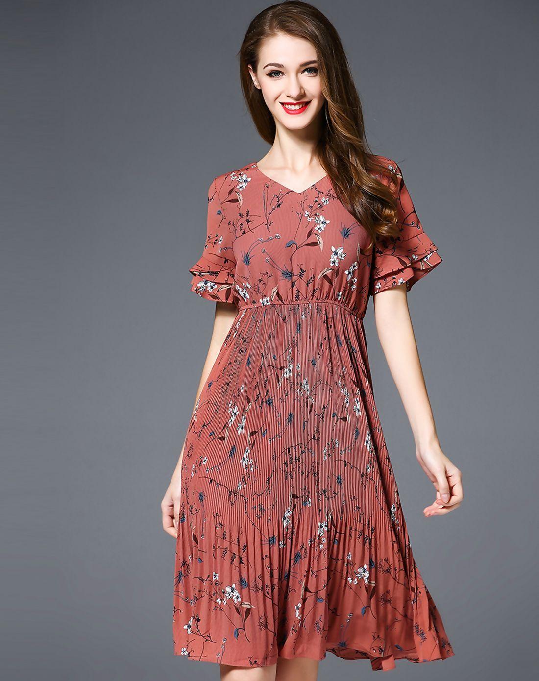 #AdoreWe #VIPme Swing Dresses❤️Designer ES·DANNUO Red Printed V Neck Bell Sleeve Swing Midi Dress - AdoreWe.com