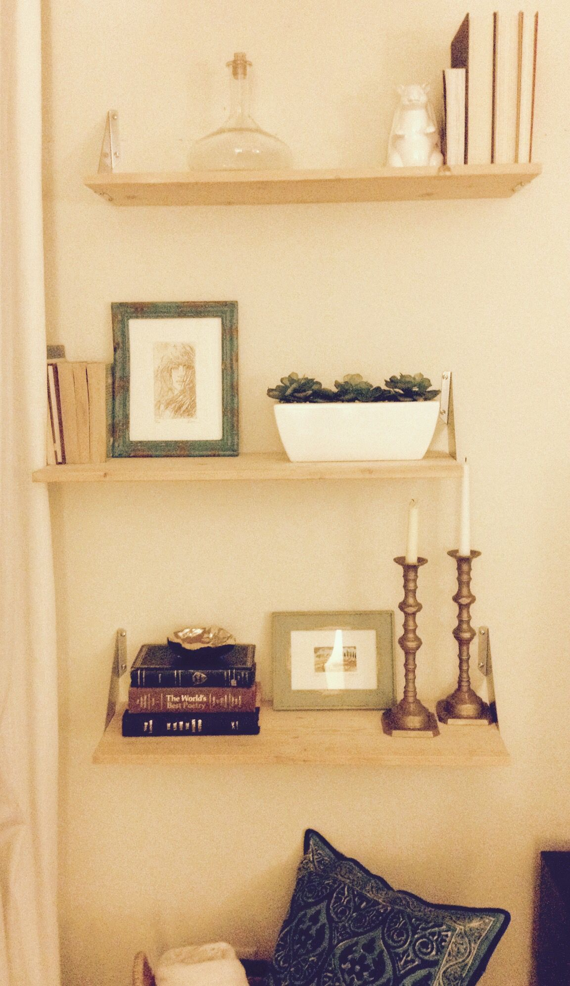 Make your wall shelves stand out by adding a few #frills. This tip ...