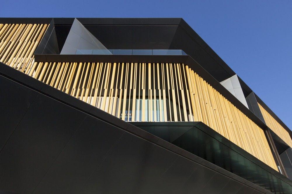 Nuova Sede Banca Credito Cooperativo di Caraglio / Studio Kuadra