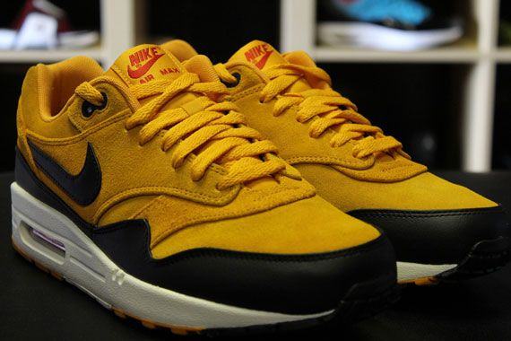 newest a2715 82ac5 nike-air-max-1-canyon-gold-university-red-black-2