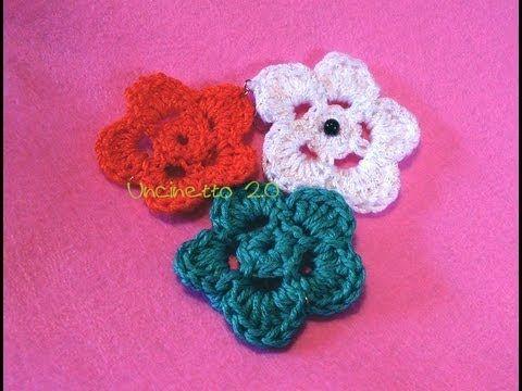 Fiori 5 Petali Rosa.Tutorial Uncinetto Come Si Fa Un Fiore 2d A 5 Petali Uncinetto