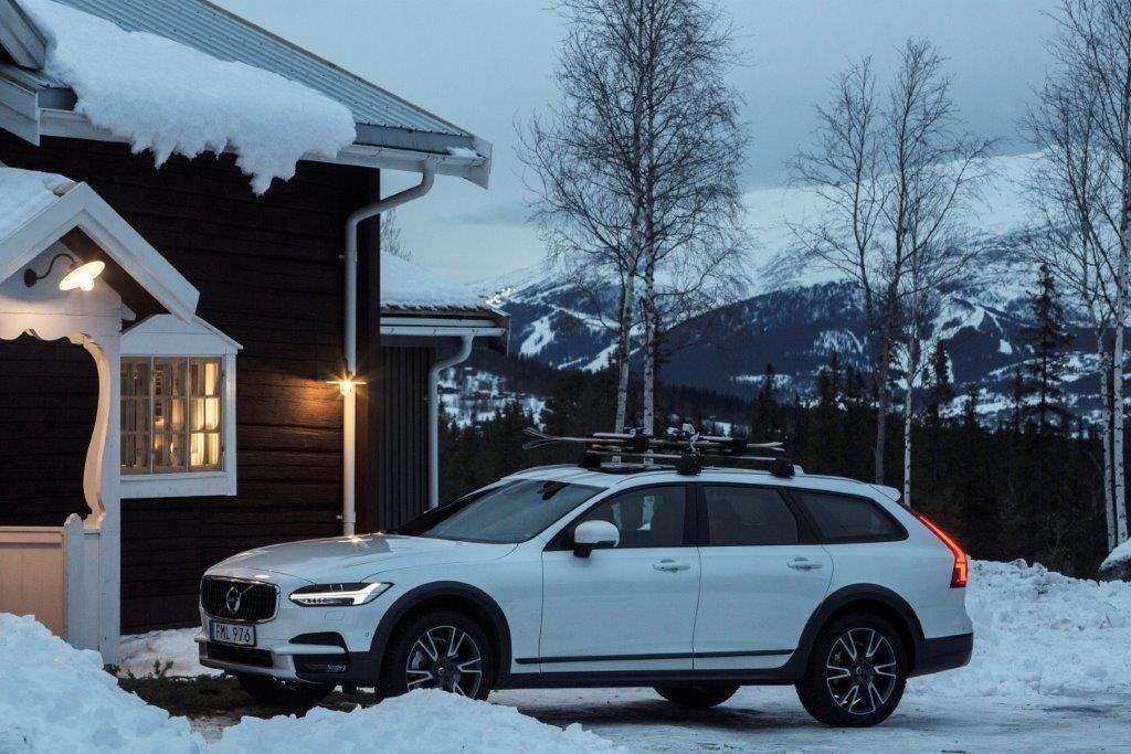 Volvo Cars і Tablet Hotels відкривають усамітнений бутик-готель в горах Швеції