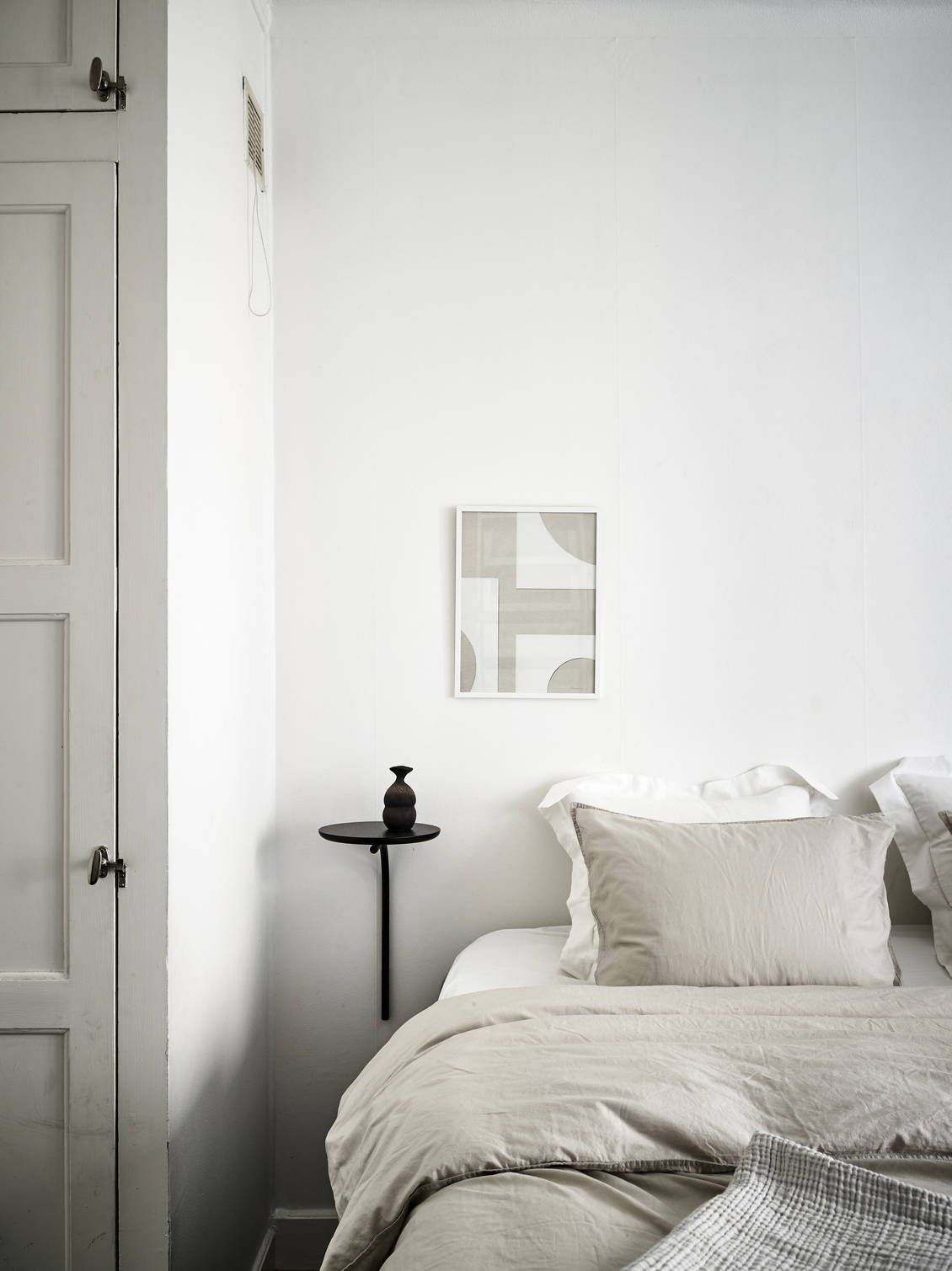 Design Scandinavo Camera Da Letto.Characterful Home In Black And White Arredamento D Interni