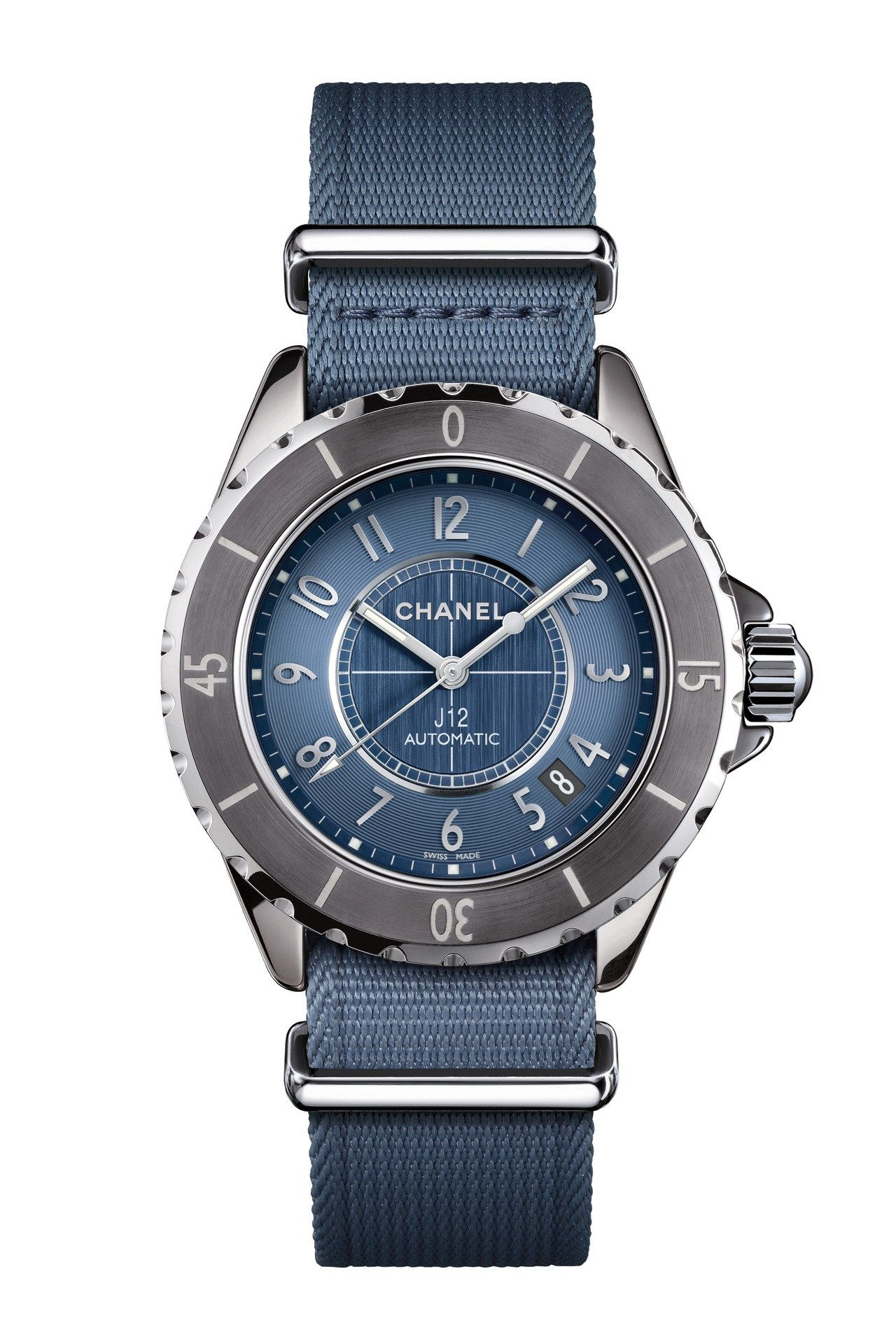chanel�s big watch drive for autumnwinter centres not on