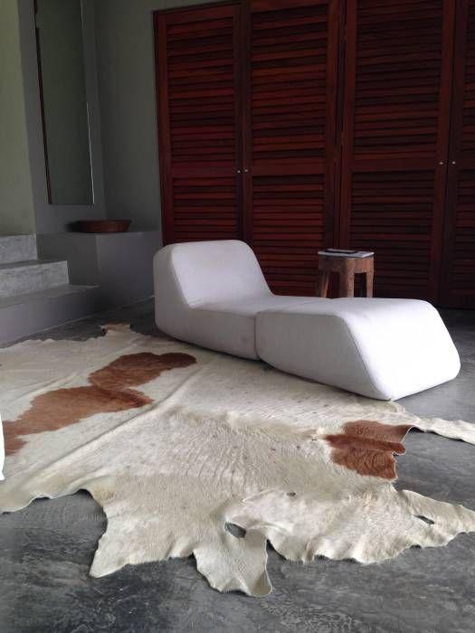 Casa Chachalaka: Recámaras de estilo minimalista por DECO designers