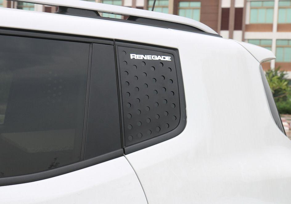 C Pillar Rear Window Glass Guard Sports Plate Screen Renegade 2015 2016 2017 Jeep Renegade 2015 Jeep Renegade Moldings And Trim