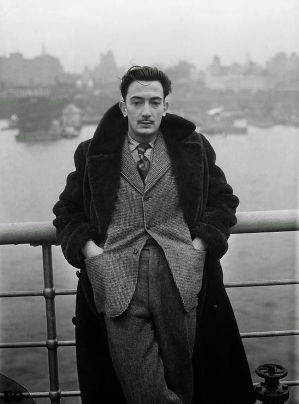 Photo of Interesting Portraits of Young Salvador Dali You Probably Haven't Seen Before
