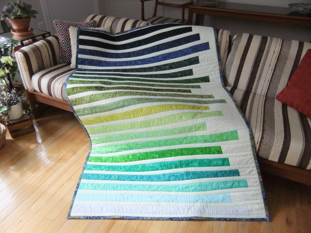 die besten 25 biskuitrolle quilts ideen auf pinterest biskuitrollemuster quilts einfache. Black Bedroom Furniture Sets. Home Design Ideas
