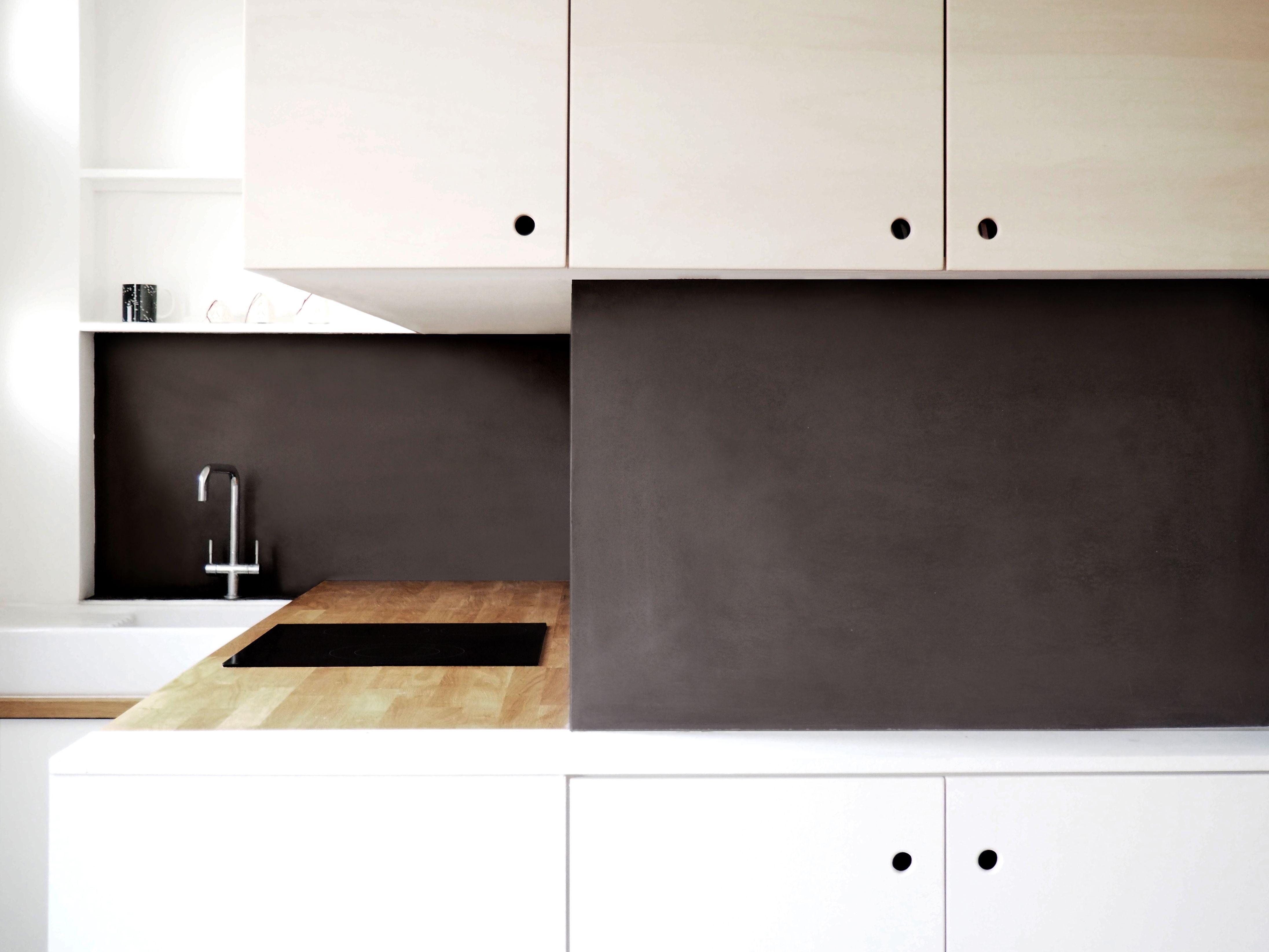 cuisine ouverte sur séjour - meuble bois contreplaqué hêtre - mur
