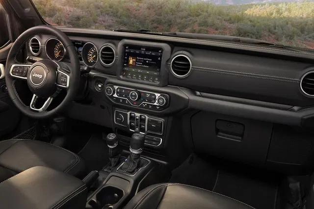 2021 Jeep Wrangler Will Get Plug In Hybrid Powertrain Jeep Interiors Jeep Wrangler Interior Jeep Wrangler Diesel