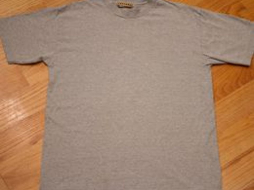 How To Shrink A Cotton T Shirt Ehow Shrink A Shirt Shirts T Shirt