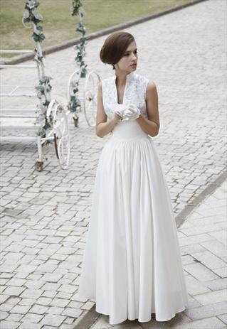 VINTAGE INSPIRED WEDDING DRESS WITH TURTLE NECK 80230 - elliotclaire ...