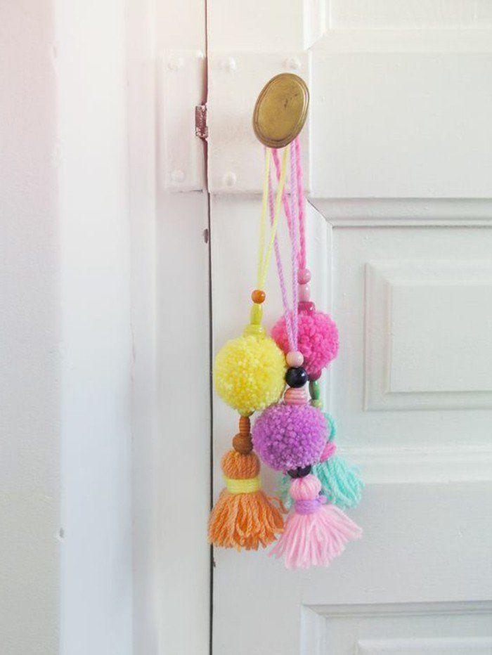 Comment faire un pompon guide et applications exceptionnelles pompon en laine poign es de - Comment fabriquer des pompons ...