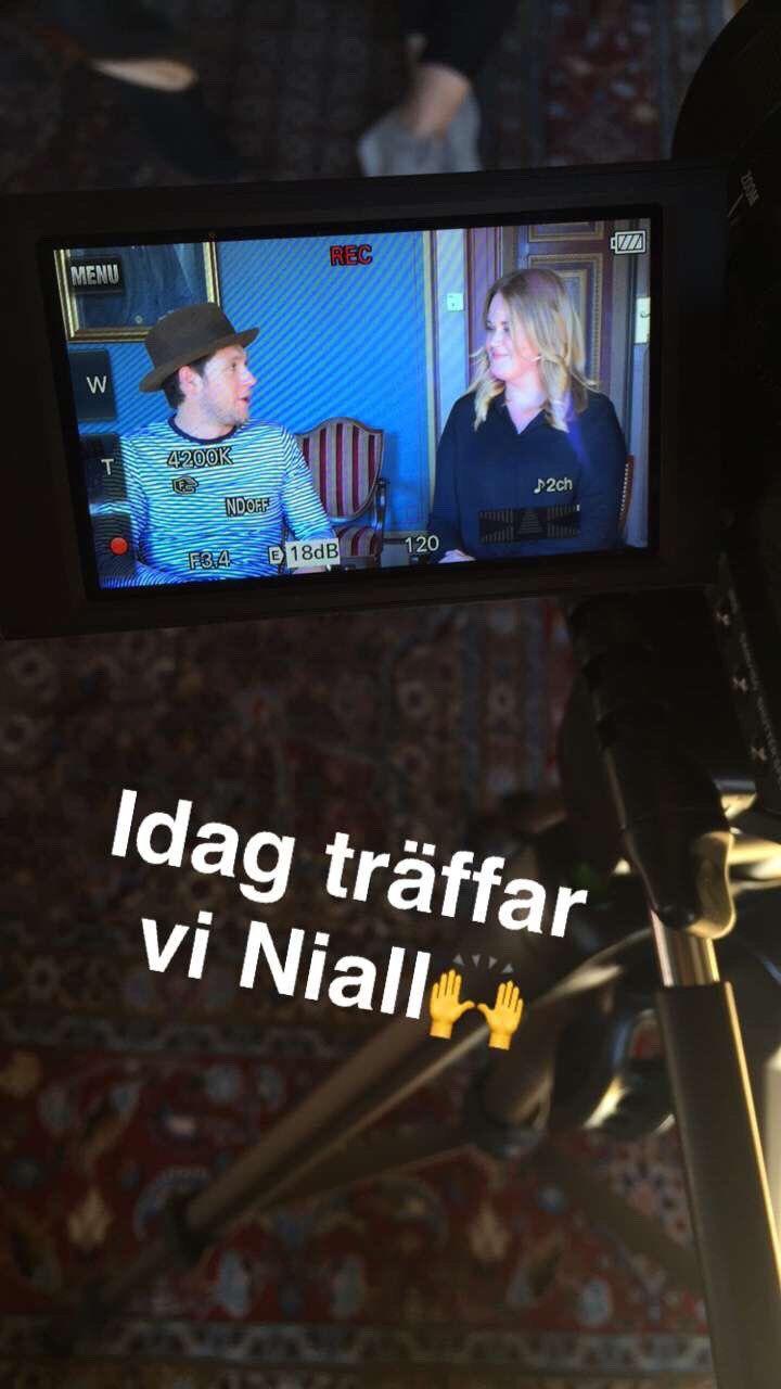 June 14: Niall doing Slow Hands promo in Sweden