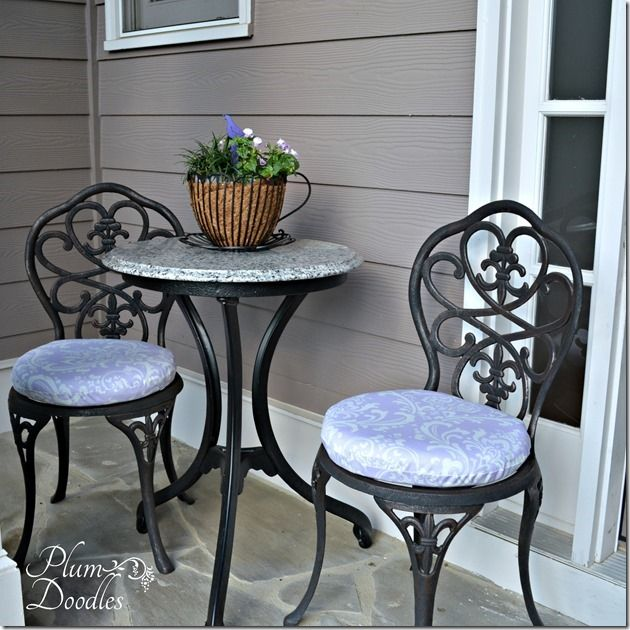 Diy Round Chair Cushions Made Simple Plum Doodles Diy Outdoor Cushions Round Chair Cushions Seat Cushions Diy